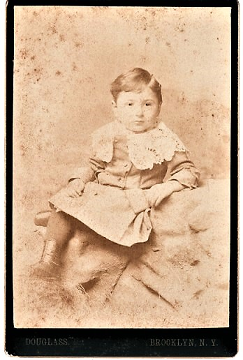 ALBUMEN PRINT OF A TODDLER, BY BROOKLYN PHOTOGRAPHER DOUGLASS. Brooklyn New York.