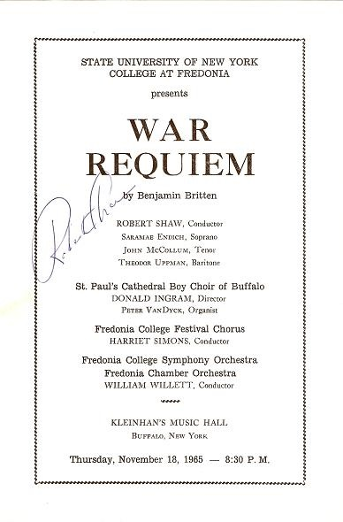 WAR REQUIEM: Robert Shaw, Conductor. State University of New York, College at Fredonia, November 18, 1965 [signed programme]. Benjamin Britten.