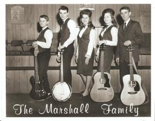 PROFESSIONAL PHOTOGRAPH OF THE MARSHALL FAMILY:; American country-music group from Canal...