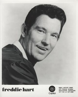 PROFESSIONAL PHOTOGRAPH OF FREDDIE HART:; Country & Western performer. Freddie Hart
