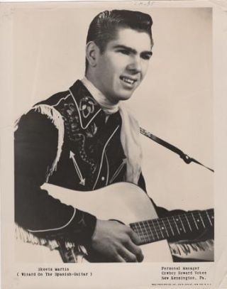 PROFESSIONAL PHOTOGRAPH OF SKEETS MARTIN:; Country & Western performer. Skeets Martin