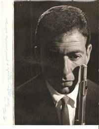 PROFESSIONAL PHOTOGRAPH OF THE JAZZ FLUTIST, INSCRIBED & SIGNED. Paul Horn